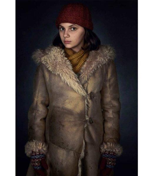 lyra-belacqua-coat-