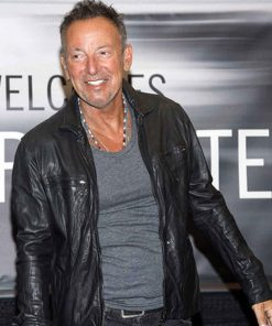 bruce-springsteen-black-leather-jacket