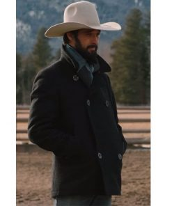 yellowstone-ryan-bingham-peacoat