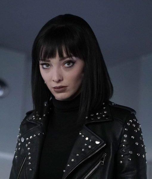 emma-dumont-leather-jacket