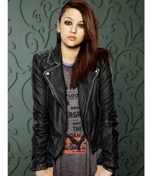 katie-findlay-how-to-get-away-with-murder-leather-jacket