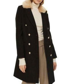 sara-lance-black-coat