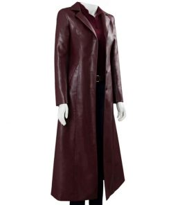 sphie-turner-leather-coat