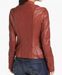 fifty-shades-of-grey-adakota-johnson-leather-jacket