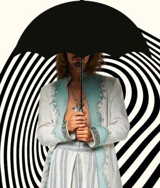 the-umbrella-academy-s02-robert-sheehan-coat