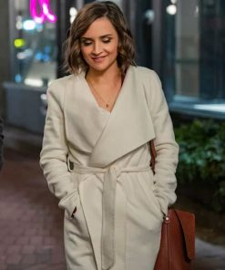 love-guaranteed-rachael-leigh-cook-belted-coat