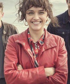 pixie-olivia-cooke-red-coat