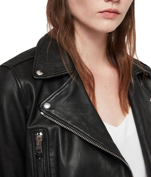 valley-girl-camila-morrone-jacket