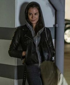 sofia-flores-leather-jacket