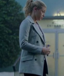 riverdale-season-02-lili-reinhart-coat