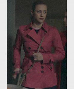 riverdale-season-02-lili-reinhart-pink-coat