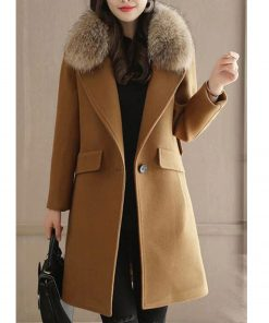 womens-winter-wool-coat-with-fur-collar
