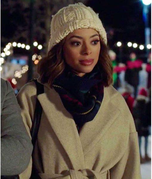 christmas-unwrapped-amber-stevens-west-coat