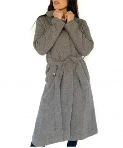 tia-booth-bachelor-in-paradise-coat