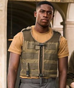outside-the-wire-leo-vest