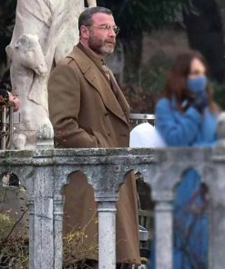 across-the-river-and-into-the-trees-liev-schreiber-coat