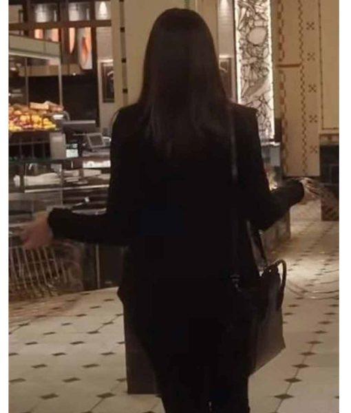 anne-hathaway-black-jacket